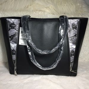 BNWT INC Black Averry Zipper Snake Tote Purse Bag